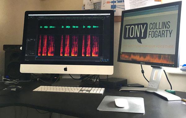 Editing Suite für britische männliche Synchronsprecher - Tony Collins Fogarty.   Adobe Audition (CC) und Izotope RX7 Standard.  Live-Verbindungen zu Studios auf der ganzen Welt.