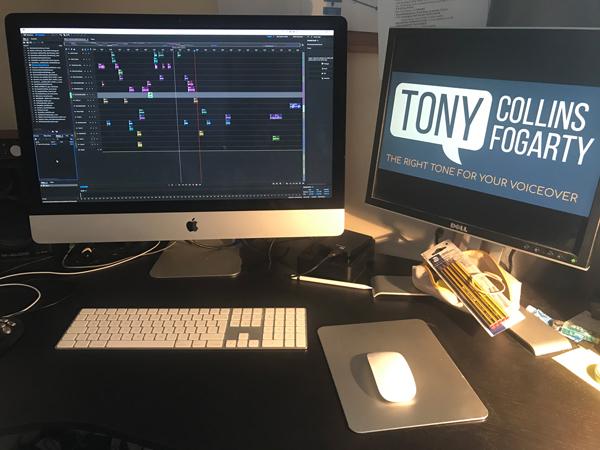Suite de production pour le voix-off britannique, Tony Collins Fogarty.
